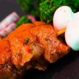 Brochette de porc marinée